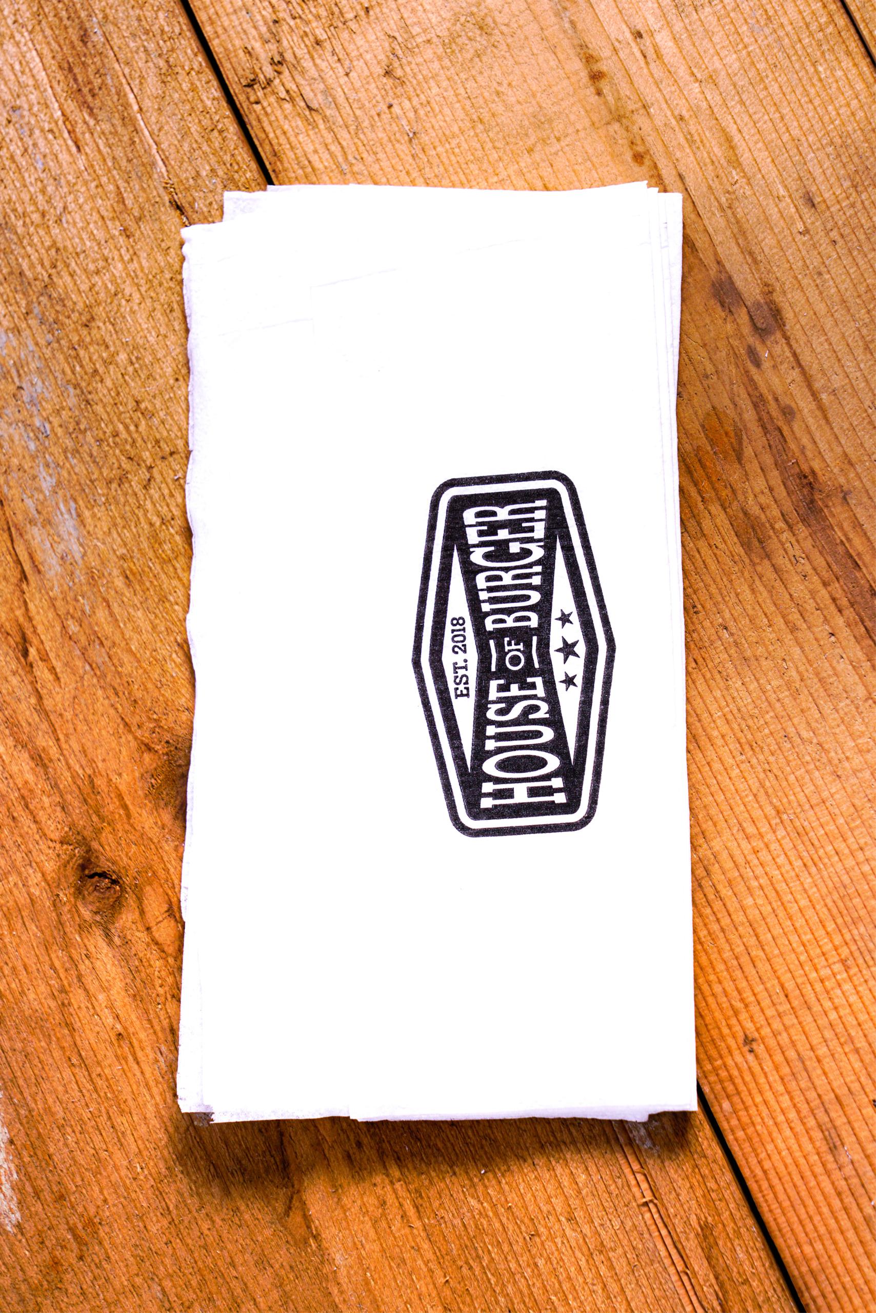 Dispenserservietter med trykk | Servietter | Logokopp - Spesialister innen profilert Take Away emballasje